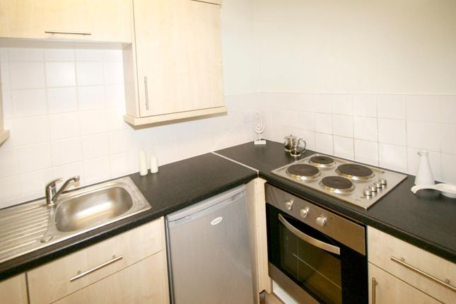 Kitchen of Flat 2, 252 Vinery Road, Burley LS4