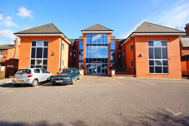 Thumbnail Flat for sale in St. Catherines, Lincoln