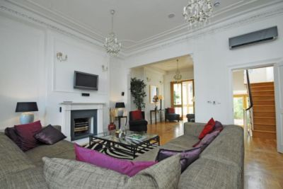 Thumbnail Terraced house to rent in Ovington Square, Knightsbridge