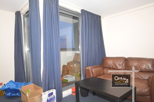 Flat to rent in |Ref: S29Med|, Southampton Street