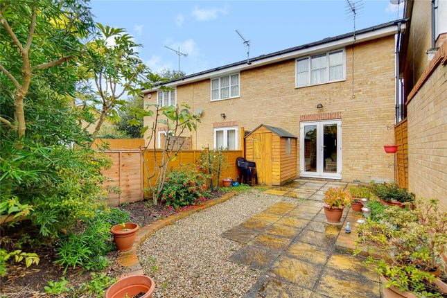 Picture No. 10 of Kirkby Close, Finchley, London N11