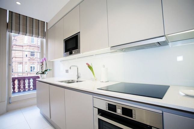 Flat to rent in Sloane Gardens, Chelsea