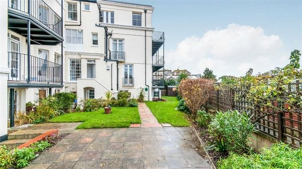 Thumbnail Flat to rent in The Parade, Broadstairs