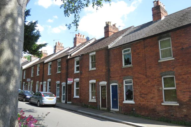Thumbnail Terraced house to rent in Milford Hill, Salisbury