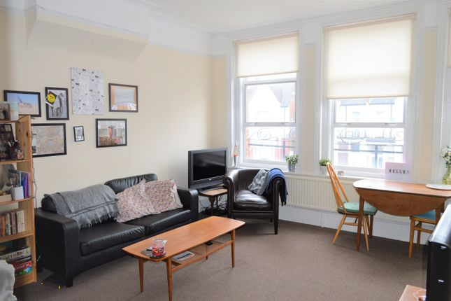 Thumbnail Maisonette to rent in Mitcham Lane, Tooting
