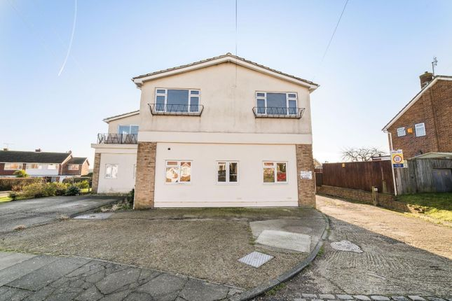 3 bed flat for sale in Lambs Walk, Whitstable CT5