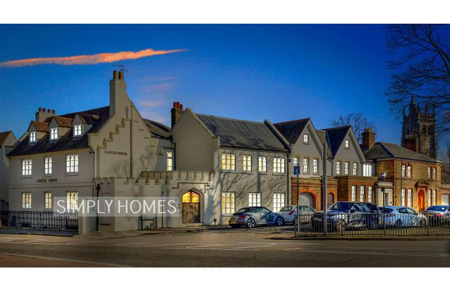 Thumbnail Flat for sale in Castle Street, Hertford