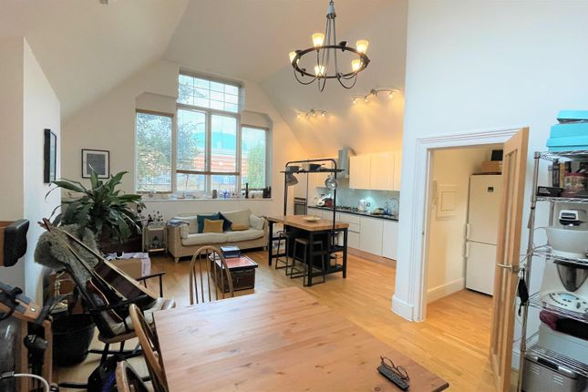 1 bed flat for sale in Broadhurst Gardens, London NW6
