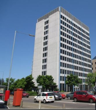 Thumbnail Office to let in Maple House, High Street, Potters Bar, London