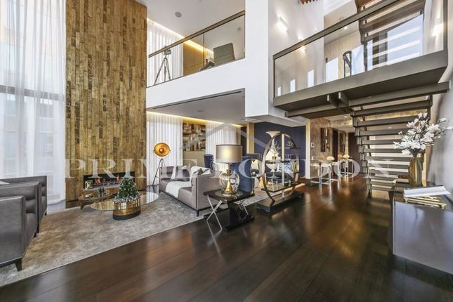 Flat for sale in Kings Gate Walk, Westminster, London