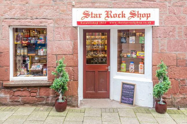 Thumbnail Retail premises for sale in 25 The Roods, Kirriemuir