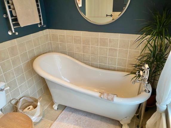 Bathroom of Rectory Avenue, Wollaton, Nottingham, Nottinghamshire NG8