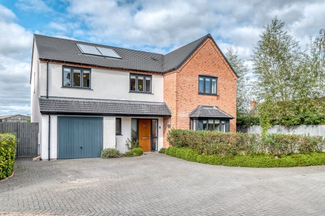 4 bed detached house for sale in Old Hopyard Close, Hallow, Worcester WR2