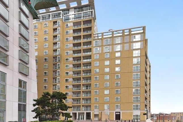 Thumbnail Flat to rent in Westferry Road, 38 Westferry Circus, South Quay, Canary Wharf