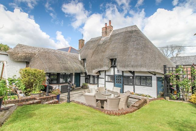 Thumbnail Cottage for sale in Broughton, Stockbridge, Hampshire