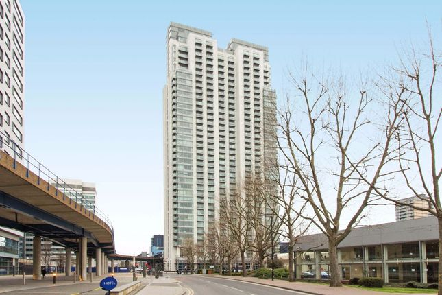 Thumbnail Flat to rent in Pan Peninsula Square, West Tower, Canary Wharf