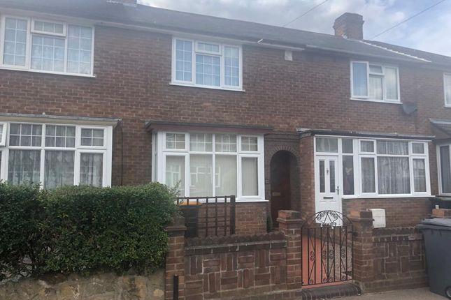 Thumbnail Property to rent in Oak Road, Shortstown, Bedford