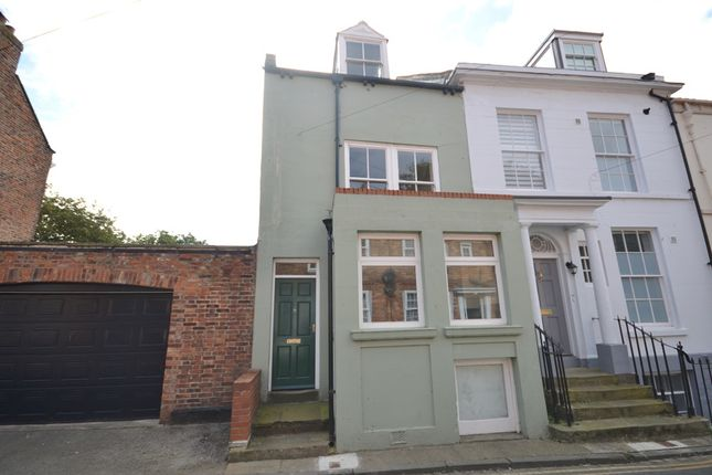 Thumbnail Town house for sale in Longwestgate, Old Town, Scarborough