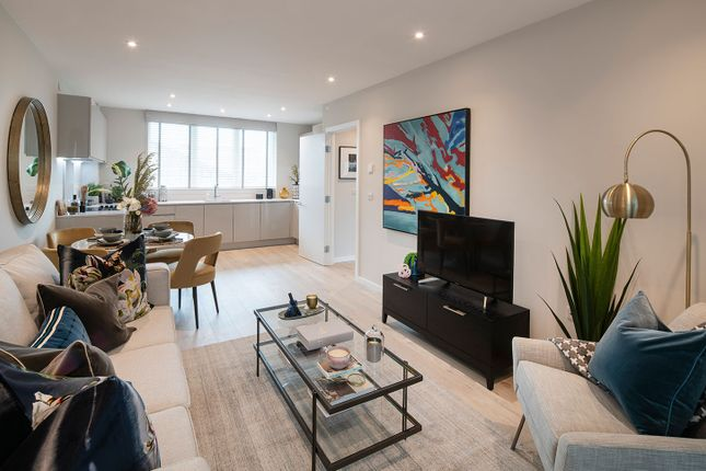 """Typical Interior of """"Lime Quarter Tower Type 11"""" at Devons Road, London E3"""