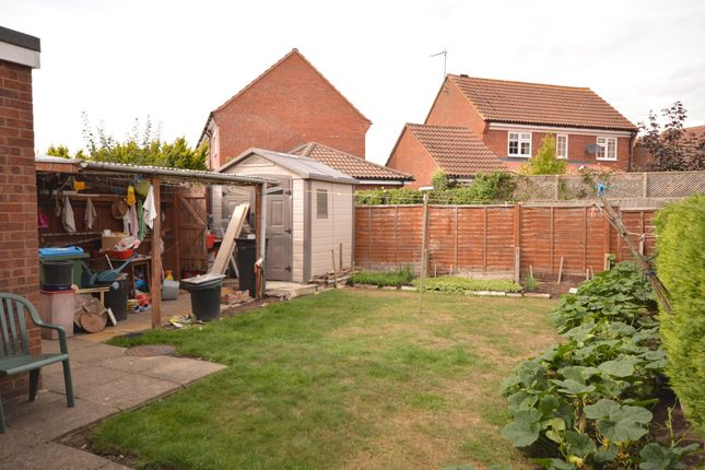 Thumbnail Semi-detached house to rent in Ramworth Way, Aylesbury, Buckinghamshire