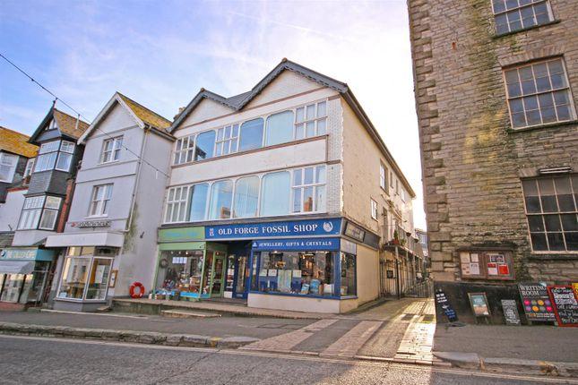 Thumbnail Flat to rent in Broad Street, Lyme Regis