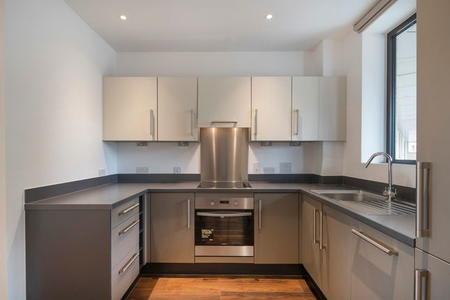 Flat to rent in 503 Watermans House, 21 New Village Avenue, London