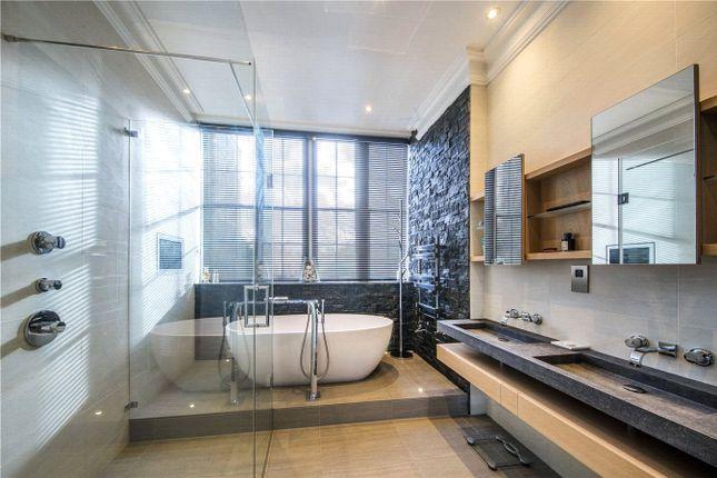 Bathroom of St Katharine's Precinct, Regent's Park, London NW1