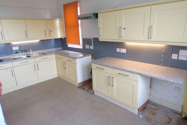 Kitchen of Overcliffe, Northfleet, Gravesend DA11