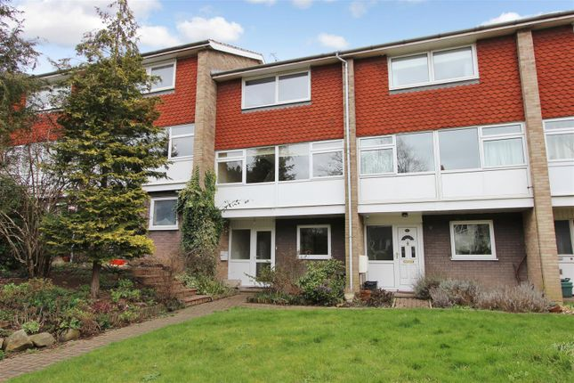 3 bed town house to rent in Fishery Road, Boxmoor Village