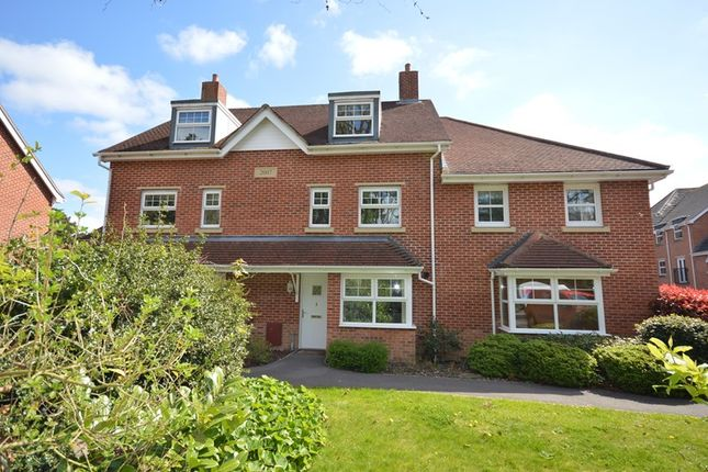 Thumbnail Terraced house to rent in Buckland Gardens, Lymington