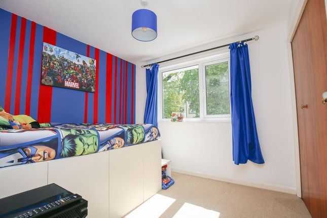 Photo 2 of Mason Close, East Grinstead, West Sussex RH19