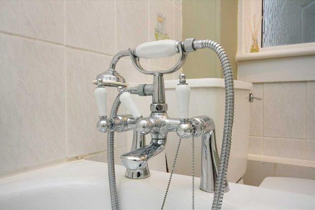 Bathroom (2) of Mungo Park, Murray, East Kilbride G75