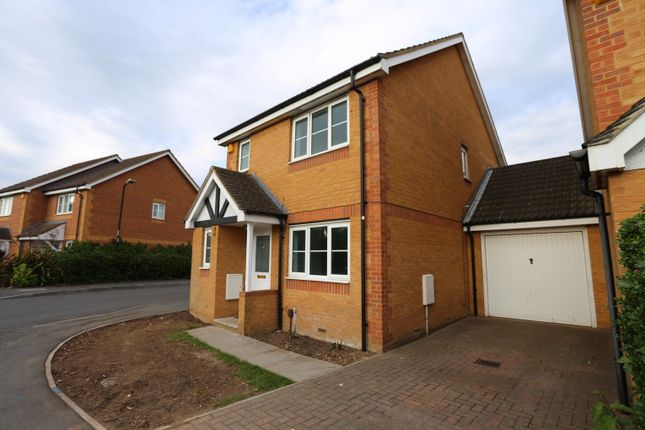 Thumbnail Link-detached house to rent in Gowings Green, Cippenham, Slough