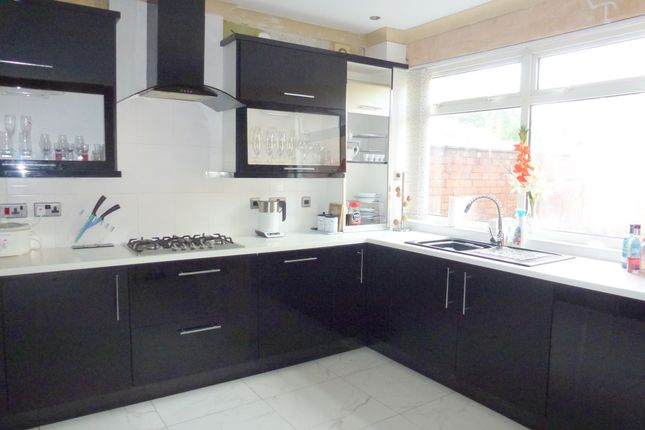 Fitted Kitchen of Balcarres Road, Leyland PR25