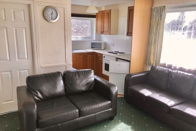 Lounge1 of Back Market Lane, Hemsby, Great Yarmouth NR29