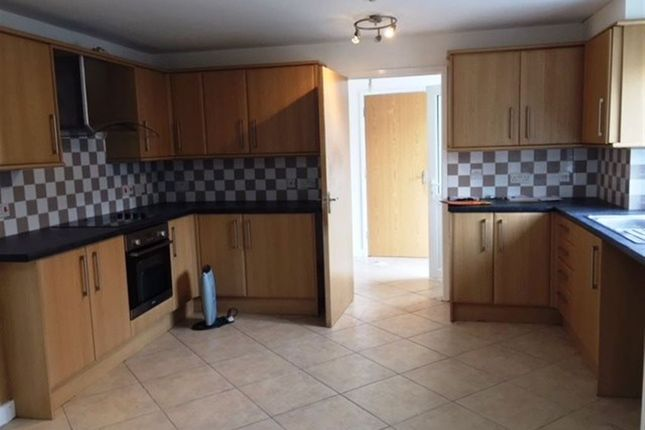 2 bed property to rent in Glen Drive, Stoke Bishop, Bristol