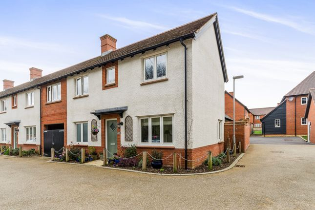 Thumbnail Terraced house for sale in Lea View, Winchester