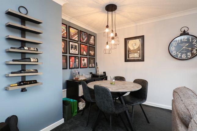 Lounge / Diner of Bradley Street, Sheffield S10