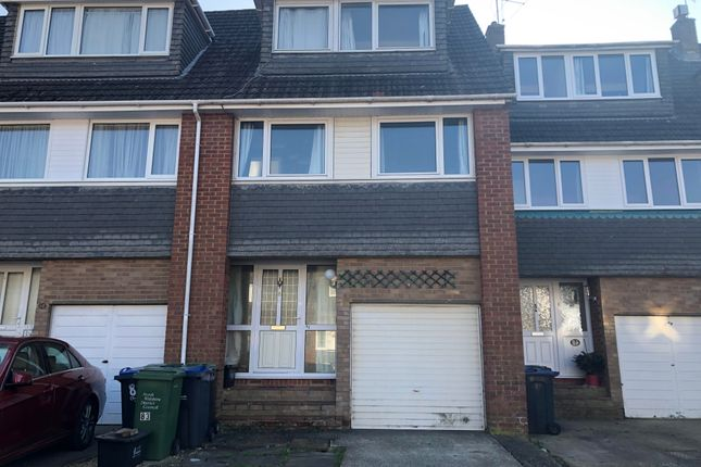 Thumbnail Property to rent in Wessington Park, Calne