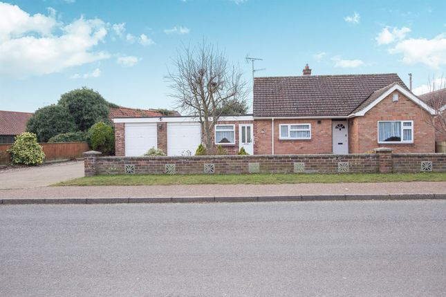 Thumbnail Detached bungalow for sale in Meadow Close, North Wootton, King's Lynn
