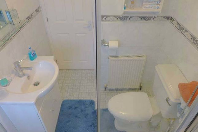 Bathroom of First Avenue, Woodside Park, Stalmine, Poulton-Le-Fylde FY6