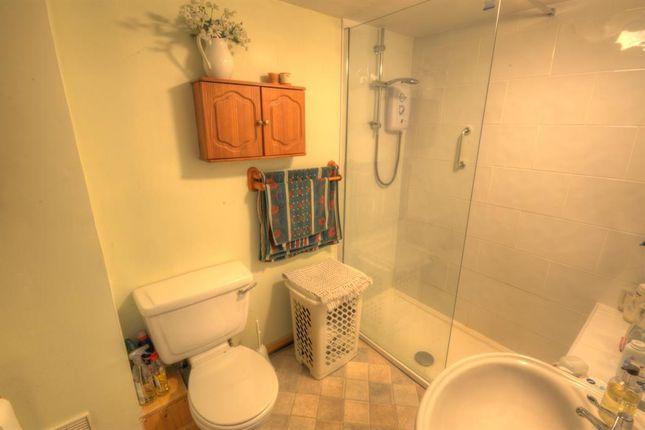 Bathroom of Bridlington Street, Hunmanby, Filey YO14