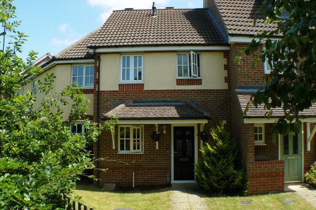 Thumbnail Terraced house to rent in Berry Way, Andover