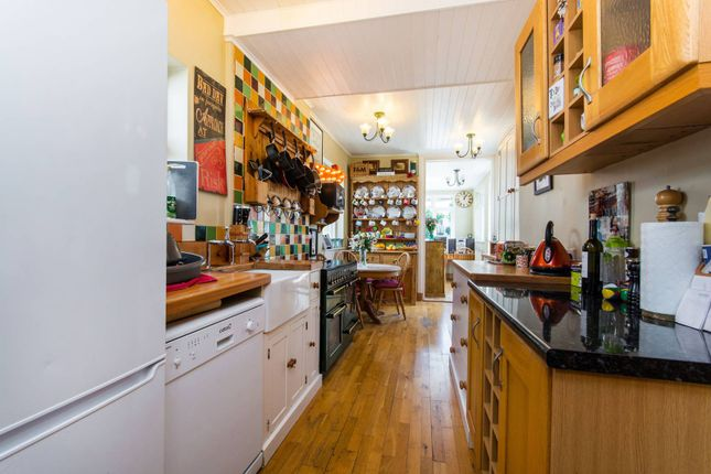 Thumbnail Semi-detached house to rent in Egmont Road, Sutton