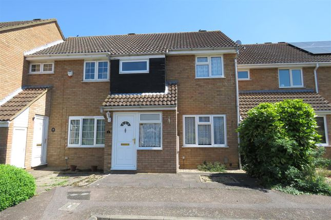 Thumbnail Terraced house to rent in Harrier Close, Biggleswade