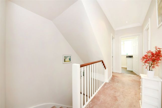 Reception of Warwick Way, Pimlico, London SW1V