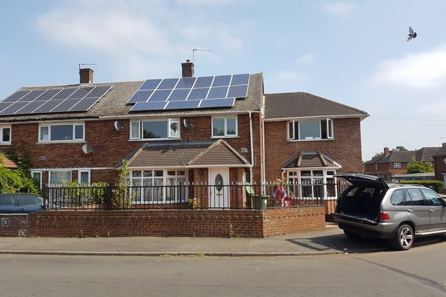 Thumbnail Terraced house to rent in Stile Road, Slough