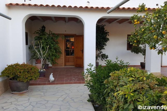 Thumbnail Villa for sale in Sant Rafel De Sa Creu, Baleares, Spain