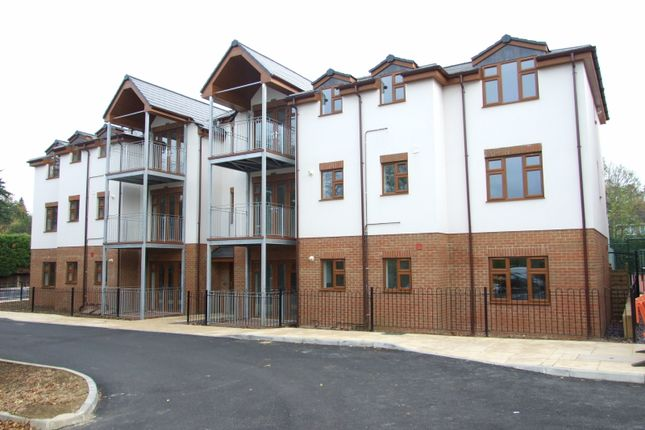 Thumbnail Flat for sale in Club Lane, Woburn Sands