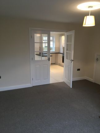 4 bed detached house to rent in lingwood gardens bradford bd8 4 bed detached house to rent in lingwood gardens bradford solutioingenieria Choice Image